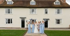 Beautiful Couple, Stables, Bridesmaids, Couples, Pictures, House, Horse Stables, Haus, Couple