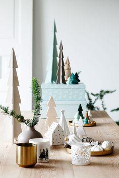 De la déco de Noël pour les fêtes.  http://www.m-habitat.fr/tendances-et-couleurs/deco-de-fete/decorer-sa-maison-pour-noel-3094_A