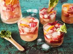 Blueberry-Plum Vodka Mojitos - Tips From Town New Fruit, Summer Fruit, Summer Drinks, Plum Vodka, Mojito Recipe, Sour Cherry, American Food, American Drinks, American Recipes