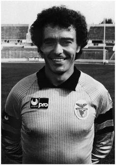 Manuel Galrinho Bento (1948-2007): 465 jogos, 307 golos sofridos, 8 campeonatos, 6 Taças de Portugal e 2 Supertaças.