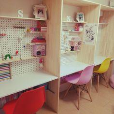 こんな机で勉強したかった!?おしゃれな勉強机のあるインテリア♪   RoomClipMag   暮らしとインテリアのwebマガジン