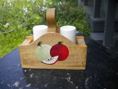 apple, salt and pepper holder, red and greem apples, acrylic painting, hand… Wooden Puzzles, Wooden Boxes, Salt And Pepper Holder, Sunflower Kitchen, Oak Stain, Wooden Stools, Kitchen Art, Handmade Wooden, Homemade Gifts