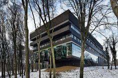 http://www.aa13.fr/architecture/centre-groot-klimmendaal-koen-van-velsen-4229