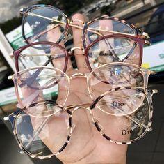 Frame For Grade Dior Model - Dior Eyeglasses - Trending Dior Eyeglasses. Glasses Frames Trendy, Cool Glasses, New Glasses, Glasses Outfit, Cute Sunglasses, Cat Eye Sunglasses, Sunglasses Women, Sunnies, Dior Eyeglasses