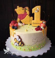 68 Best Ideas Baby Onesies Disney Winnie The Pooh - birthday Cake White Ideen Winnie Pooh Torte, Winnie The Pooh Birthday, Fondant Cake Tutorial, Fondant Cakes, Cupcake Cakes, Baby Birthday Cakes, Baby Cakes, Disney Cakes, Cute Cakes