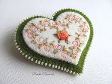 swirly embroidery heart pin - beautiful designs by beedeebabee.