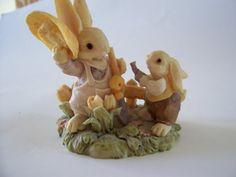 Bunny Toes Rabbit Figurine Pacific Rim by MyForgottenTreasures