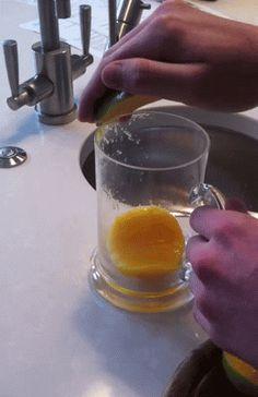 Mango, avakado ya da kavun gibi meyvelerin kabukları için bardak kullanılması...