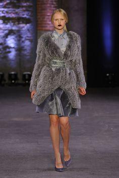 Christian Siriano Fall 2012  What a fabulous coat!!
