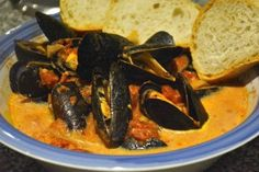 Instant Pot Creamy Tomato Mussels