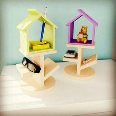 Poleirinho, estante para pequenos objetos do cotidiano. #poleirinho #estante #portaobjetos www.magnoliadesign.com.br  @magnoliabr