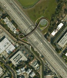 "64North to Construct ""Sparkling"" Palo Alto Pedestrian Bridge Over Highway 101"