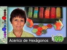 (87) Cómo hacer un Acerico de Hexágonos (Patchwork) [Tutorial] - YouTube Youtube, Patches, Quilts, Roxy, Tela, World, Vestidos, Coin Purse Tutorial, Felt Hearts