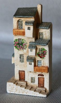 Signed J Carlton Hand Painted Miniature House Purchased/Made France 1992 #210217