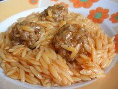 Come to cook: Barley with meatballs in the pot Cookbook Recipes, Meat Recipes, Pasta Recipes, Cooking Recipes, Kid Recipes, Recipies, Greek Dinners, Minced Meat Recipe, Greek Cooking