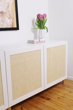 IKEA furniture is like a big blank canvas for creative minds. If you are interested in DIY Ikea hacks, here are some innovative and low budget ideas to help you along in the process. Ikea Malm, Ikea Hack Besta, Ikea Hack Storage, Bedroom Storage Ideas For Clothes, Bedroom Storage For Small Rooms, Ikea Hack Bedroom, Bedroom Hacks, Diy Bedroom, Bedroom Furniture