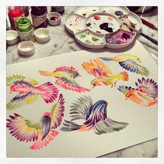 Quick birds… #mywork #marinabarbato #gouache #birdsofinstagram #illustration #printdesigner #printandpattern #estampa #porummundomaise...