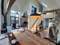 Bungalow, Tiny House, The Good Place, Dining Table, Contemporary, Places, Kitchen, Room, Furniture