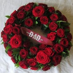 Peter with one white rose Funeral Floral Arrangements, Flower Arrangements, Dad Funeral Flowers, Red Flowers, Red Roses, Funeral Sprays, Diy Wreath, Wreath Ideas, Funeral Tributes