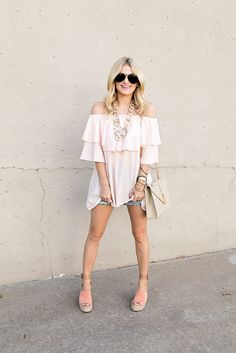 Pink flowy top. Fashion blogger. Spring outfit. Outfit of the day. Marc Fisher wedges.