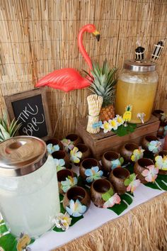 Hawaiian party drinks table - flamingo / luau by valarie Aloha Party, Hawaiian Party Drinks, Luau Theme Party, Hawaiian Party Decorations, Tiki Party, Hawaiin Theme Party, Hawaiin Party Ideas, Luau Table Decorations, Adult Luau Party