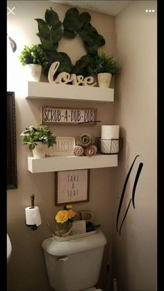 The Absolute Best Method You Should Be Using For Small Bathroom Decor Apartment Inspiration 3 Apartment Inspiration, Bathroom Inspiration, Room Decor For Teen Girls, Room Kids, Bathroom Storage Shelves, Bathroom Organization, Bathroom Cabinets, Bath Shelf, Towel Storage