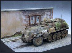 Tamiya kit on Monroe Perdu base Tamiya, Scale Models, Military Vehicles, Studios, Base, Kit, Army Vehicles, Scale Model