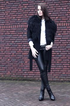 My latest crush: Leather leggings with a fur coat. BAM!      -Download the free app to get the outfit! kalei.do/