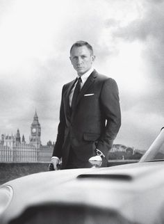 A new clip from sam mendes' james bond film skyfall, featuring daniel craig, ben whishaw, javier bardem, and judi dench. James Bond Skyfall, James Bond Movies, Daniel Craig James Bond, Craig David, James Martin, Sam Mendes, Best Bond, Judi Dench, Sean Connery