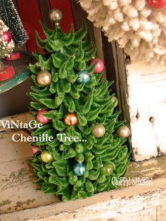ChiPPy! - SHaBBy!: **ChiPPy!-SHaBBy!** ViNtaGe Christmas Vignette...