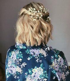 Half-Updo-with-Head-Pieces Wedding Hairstyles for Short Hair 2019 Half-Updo-with-Head-Pieces Hochzeitsfrisuren für kurze Haare 2019 Prom Hairstyles For Short Hair, Short Hair Updo, Best Wedding Hairstyles, My Hairstyle, Trending Hairstyles, Short Hair Cuts, Braided Hairstyles, Curly Hair Styles, Short Hair Wedding Styles