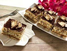 Król lew – przepyszne ciasto bez pieczenia! Pyszny i chrupiący przekładaniec pełen batonika Lion. Karmelowo – śmietankowe ciasto z czekoladą, któremu ciężko się oprzeć. Polecam!  Składniki: ok 55 sztuk herbatników 1 puszka masy kajmakowej 5 batoników Lion 500 ml śmietany kremówki 30 lub 36% 1 śmietan-fix 250g serka mascarpone 2 łyżki cukru pudru pół … My Favorite Food, Favorite Recipes, Polish Recipes, Something Sweet, No Bake Cake, Cheesecake, Food And Drink, Sweets, Cooking