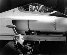 A crew member from Derek Meddings' team crouches beside the puppet-sized Angels Interceptor plane (from Captain Scarlet) Sci Fi Movies, Movie Tv, Fantasy Tv Shows, Sci Fi Tv Series, Thunderbirds Are Go, Master Of Puppets, Great Films, The Godfather, Retro Futurism