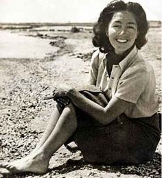 Krystyna Skarbek:British intelligence,Operations Exec(SOE) Born in Poland.Recieved many decorations for her work in Nazi occupied Poland & France.Stabbed to death 6/1952 by Dennis Muldowney whose advances she rejected.He was hung.
