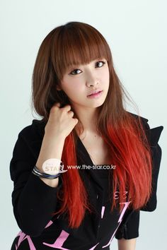 The colour hair is suit her well