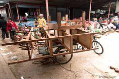 Le triporteur est un mode de transport écologique à Luang Namtha.