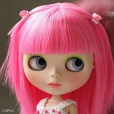 Blythe I love the mini hair clips :D