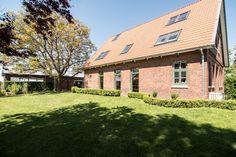 Sprossenfenster, Walnussbaum, Garten, Bauernhaus, Landhaus, Welle8,  Welleacht, Fotolocation,