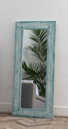 This fantastically beautiful mirror frame has been designed after traditional Balinese drawing motifs of Mas. This small village off Ubud, Bali has become globally famous due to skillful products of its wood carvers, whose creative work is recognized as the ethnic style standard. Entry Mirror, Mirror Work, Floor Mirror, Wall Mirrors India, Rustic Bathroom Mirrors, Moroccan Mirror, Traditional Mirrors, Custom Mirrors, Tree Carving