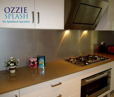 Great combination with the Rangehood installed by #ozziesplash
