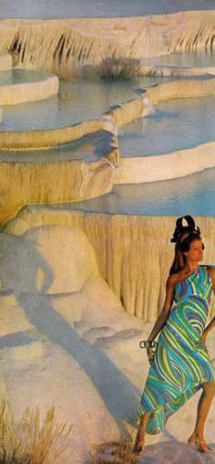 vogue_dec 1966_Editha Dussler, Antonia and Sveva by Henry Clarke