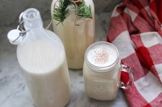 Coquito is Puerto Rican eggnog, made with rum and coconut milk. This is my adaptation of my family's traditional coquito. This is the BEST coquito recipe! Best Coquito Recipe, Authentic Coquito Recipe, Christmas Drinks, Holiday Drinks, Christmas Punch, Christmas Holiday, Christmas Cookies, Christmas Ideas, Xmas