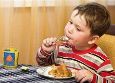 Saiba como falar de peso com as crianças sem acabar com a autoestima delas