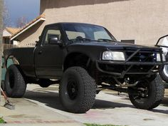 Ford Ranger Year unknown--bumper could use a winch. Custom Ford Ranger, 2002 Ford Ranger, Ford Ranger Mods, Jeep Truck, Chevy Trucks, Lifted Trucks, Pickup Trucks, Lifted Ford Explorer, Ford Ranger Prerunner