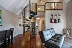 2BR Renovated Downtown Condo - vacation rental in Austin, Texas. View more: #AustinTexasVacationRentals
