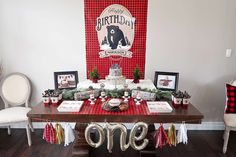 Baby Bear's 1st Birthday Bash | CatchMyParty.com