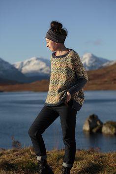 Ravelry: Strathendrick pattern by Kate Davies Designs Knit Vest Pattern, Sweater Knitting Patterns, Afghan Crochet Patterns, Knit Patterns, Jumper Patterns, Stitch Patterns, Fair Isle Knitting, Loom Knitting, Knitting Socks