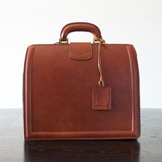Mens Italian Vintage Leather Briefcase • Your Made in Italy