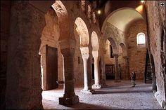 Naves interiores del Monasterio de Suso. San Millán de la Cogolla. La Rioja. Patrimonio de la Humanidad