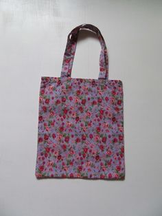 Childs floral tote bag  £3.50